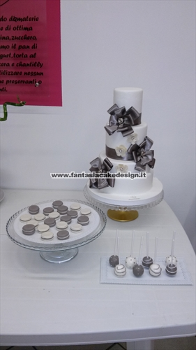 Cake Design Vicenza E Provincia : Fantasia Cake Design - Wedding cake Vendita torte decorate ...
